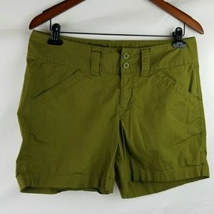 Womans THE NORTH FACE shorts size 8